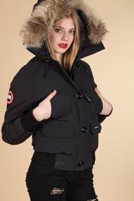 Canada Goose chateau parka online discounts - Metro Boutique | Brand & Fashion Online-Shop Schweiz - Canada Goose