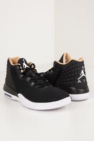 Jordan - Academy Basketballschuhe - Black + Beige