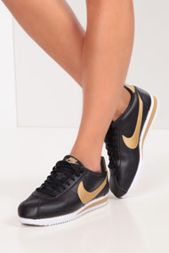 Nike - Classic Cortez Sneaker low - Black + Gold