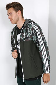adidas Originals - Windjacke - Camouflage + Olive Green