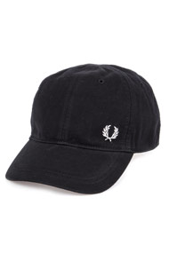 Fred Perry - Strapback Cap - Black + White