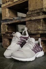 Nike - Air Presto sneakers basses - Beige + Taupe Grey