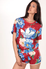 adidas Originals - T-Shirt - Red + Multicolor