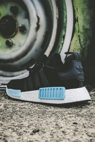 adidas Originals - NMD_R1 Sneaker low - Black + Blue