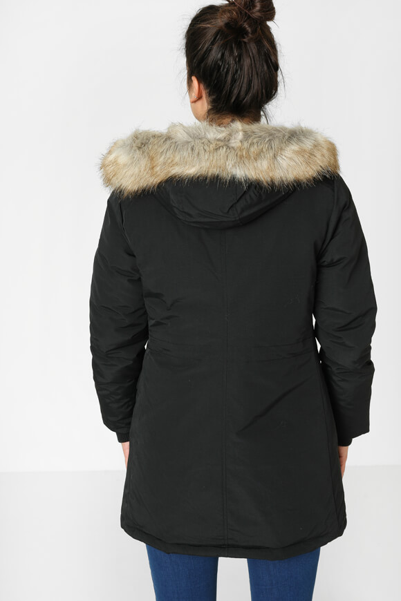 metro boutique fashion online shop schweiz technical. Black Bedroom Furniture Sets. Home Design Ideas