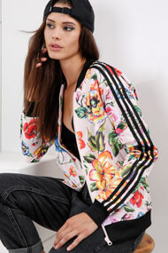 adidas Originals - Trainingsjacke - Rose + Multicolor + Black