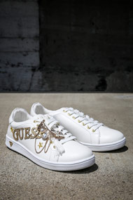 Guess - Sneaker low - White + Gold