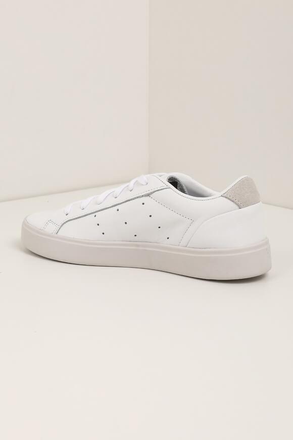 Image sur Sleek sneakers