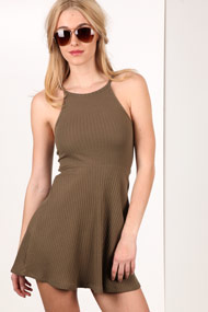 Ruby Tuesday - Geripptes Kleid - Olive Green